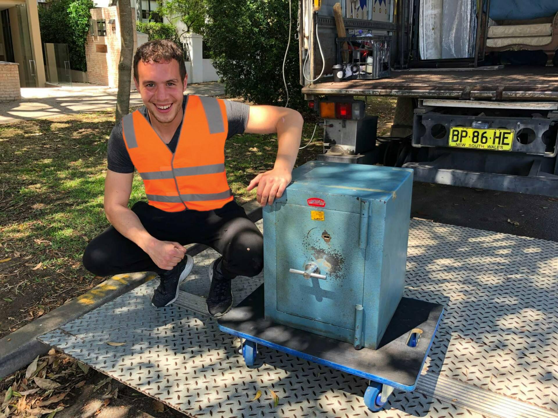 safe removals sydney